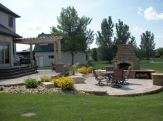 outdoor-living- patio-cover-fireplace-