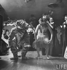 Barbara Pettit dancing the Charleston at a university party  Photographer: Martha Holmes (   Princeton, New Jersey, USA, November 1949. )