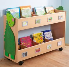 Mobile, compartmented wood cart for sorting by subject Library Furniture, School Furniture, Kids Furniture, Bookcases For Sale, Bookshelves Kids, Kids Library, Library Design, Woodworking Software