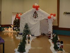 Make Christmas even more special with a Gala Tent Santa's Grotto Christmas Grotto Ideas, Christmas Fayre Ideas, Christmas Bazaar Ideas, Outdoor Christmas Decorations, Xmas Ideas, Gift Ideas, Childrens Christmas Crafts, Christmas Craft Fair, Christmas Party Games