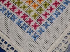 Swedish Embroidery, Hardanger Embroidery, Hand Embroidery Stitches, Hand Embroidery Designs, Diy Embroidery, Cross Stitch Embroidery, Cross Stitch Pillow, Cross Stitch Borders, Cross Stitch Flowers