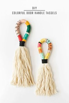 DIY Colorful Door Handle Tassels by Ashley Rose of Sugar & Cloth, a top life. - Home FTH - Home Decor IdeasInspired by the camel swag trend, these colorful DIY Door Handle Tassels are the perfect detail to add texture and color in your Sublime Usef 5 Subl Diy Tassel, Tassels, Handmade Home Decor, Diy Home Decor, Handmade Crafts, Decor Crafts, Porte Diy, Diy And Crafts, Arts And Crafts