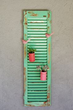 : my fun time Old Shutters, Garden Deco, Creation Deco, Craft Markets, Painted Chairs, House Colors, Ladder Decor, Home Furniture, Decoupage