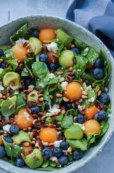Food Pictures, Cobb Salad, Acai Bowl, Breakfast, Recipes, Nutrition, Drinks, Acai Berry Bowl, Morning Coffee