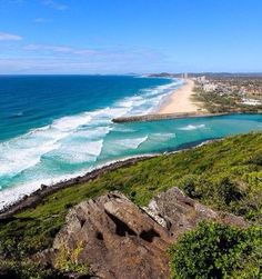 Are you visiting Brisbane during your trip to Australia? Check out these getaways from Brisbane to some of the best places in Queensland! Gold Coast Australia, Gold Coast Queensland, Visit Australia, Western Australia, Australia Travel, Queensland Australia, Australia 2017, Best Beaches To Visit, Best Places To Live
