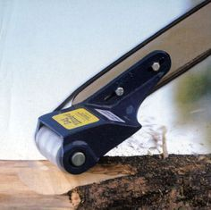Chainsaw Attachments, Chainsaw Mills, Alaskan Sawmill, Log Building and Timber Framing Tools - Chainsaw Attachments/Accessories - Magard Ventures Ltd., Canada.