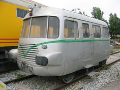 Rail bus01 - Draisine - Hobby Trains, Old Trains, Locomotive, Japan Train, Train Times, Rail Car, Unique Cars, Busses, Vintage Trucks