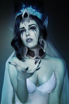 Ghost Bride Morgana from League of Legends Cosplayer: Helen DoubleKill Cosplay