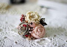 Textile Brooch 'Tea Rose' | Текстильная брошь «Чайная роза» — Купить, заказать, брошь, текстиль, роза, бисер