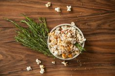 popcorn-paprika-rosmarin Popcorn, Pimp, Ethnic Recipes, Food, Tips, Recipes, Lets Go, Ethnic Food, Beverages