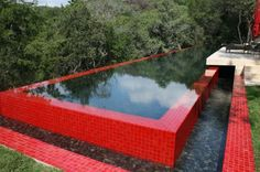 Whether you try to renovate your swimming pool or make it a new one, you should think about the design carefully. Swimming pool is a place for exercising and relaxing your mind, besides, it can be a beautiful decoration for your backyard. Infinity Pools, Infinity Edge Pool, Above Ground Pool, In Ground Pools, Texas Hill Country, Outdoor Spaces, Outdoor Living, Outdoor Decor, Outdoor Pool