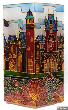 Витражная роспись. Светильник малый «Замок принцессы». My Glass, Glass Art, Dot Art Painting, Dots Design, Pointillism, Upcycled Crafts, Stained Glass Patterns, Casket, Light Art