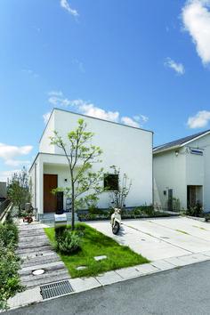 Architecture Plan, Interior Architecture, Exterior Design, Interior And Exterior, House Tokyo, Japanese Plants, Muji Home, House Entrance, Facade House