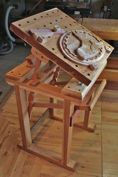 Tilting Carvers Bench