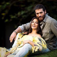 Demet özdemir x Can yaman Turkish Men, Turkish Beauty, Turkish Actors, Best Tv Couples, Couples In Love, Cute Love Couple, Big Love, African Prom Dresses, Artsy Photos