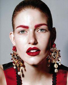 Dolce&Gabbana Golded Heart Editorial