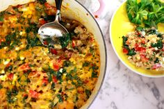 Light macaroni with spinach and peppers (in Dutch) Lichte macaroni met spinazie en paprika Baby Food Recipes, Pasta Recipes, Healthy Snacks, Healthy Recipes, Kids Meals, Curry, Veggies, Stuffed Peppers, Baking