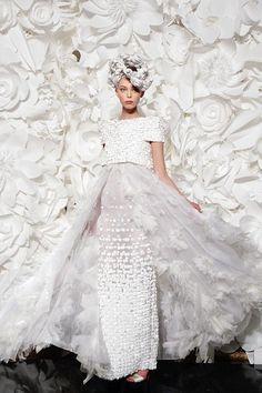 Blütenmeer: Brautkleid von Chanel Couture