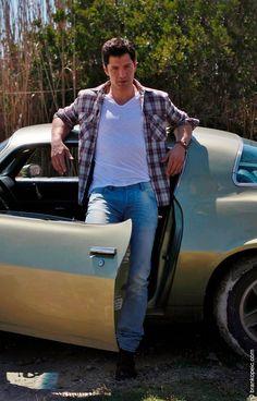 Sakis Rouvas - Greek Singer Beautiful Men, Beautiful People, Cool Style, My Style, Greek Gods, Boy Or Girl, Boys, Girls, Singer