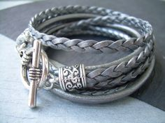 Hey, I found this really awesome Etsy listing at https://www.etsy.com/listing/111180763/womens-leather-bracelet-metallic-gray
