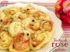 Torta di rose salata con prosciutto e cipolle