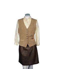 Chaleco de lana y pana marrón con cadena
