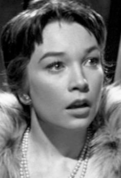 Shirley MacLaine - The Apartment (Billy Wilder, 1960) (I've been told I look like her)