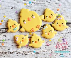 Love this simple chick. ❤️ #eastercookiecutters #decoratedcookies #thesweetdesignsshoppe #easterdecoratedcookies #chickcookies