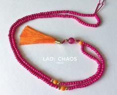 Ketten lang - Bunte Kette mit Quaste - ein Designerstück von lady_chaos bei DaWanda