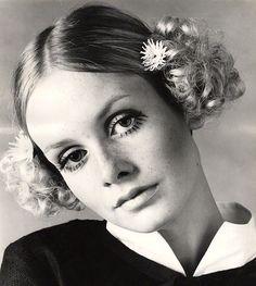 Twiggy, c.1967 (Allan Ballard)