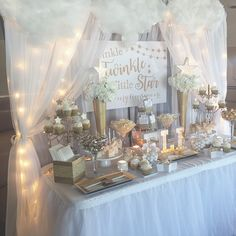 DIY Baby Shower Decorations and Backdrops - Baby Shower Ideas - Baby Deco Baby Shower, Baby Shower Backdrop, Baby Shower Brunch, Baby Shower Favors, Shower Party, Baby Shower Parties, Baby Boy Shower, Cloud Baby Shower Theme, Unique Baby Shower