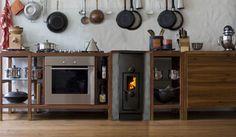 Westbo Ankarsrum cucina svedese in ghisa di ridottissime dimensioni incassata in basamento di muratura.