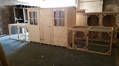 This is a Impressive Rabbit shed at a size of 8ftx4ft conected on Both side to a Rabbit Run both are a size of 6ftx4x3ft.  This is a Rabbit Mansion  Handcrafted By Boyles Pet Housing.