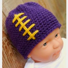 I can't make nor do i have a baby for this but how cute would this be at games?