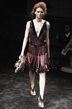Prada Fall 2009 Ready-to-Wear Collection Photos - Vogue