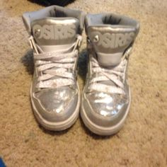 Sparkly grey osiris In great condition Shoes