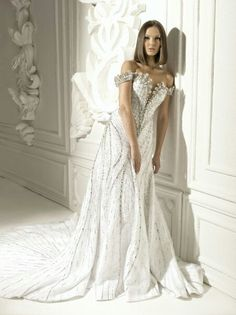 Michael Cinco Weddi g Dress