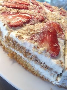 Epres paleo torta Cookie Desserts, Fun Desserts, Cake Recipes, Dessert Recipes, Dessert Ideas, Protein Cake, Healthy Cake, Paleo Dessert, Vegan Sweets
