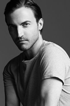 Nicolas Ghesquière named artistic director of Louis Vuitton's women's division.