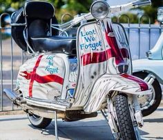 Lest we forget Retro Scooter, Lambretta Scooter, Vespa Scooters, Fred Perry Polo Shirts, Motor Scooters, Lest We Forget, Classic Bikes, Mod Fashion, Desert Boots