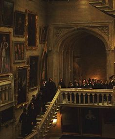 Find images and videos about harry potter, hogwarts and stairs on We Heart It - the app to get lost in what you love. Harry Potter Pictures, Harry Potter Facts, Harry Potter Quotes, Harry Potter Universal, Harry Potter Fandom, Harry Potter Movies, Harry Potter Hogwarts, Harry Potter World, Harry Potter Stone