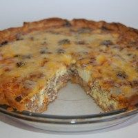 Easy Sausage and Cheese Quiche