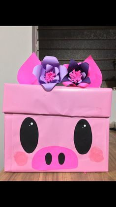 Best Ideas For Birthday Presents Creative Valentines Valentine Day Boxes, Valentines Diy, Birthday Gifts For Best Friend, Birthday Presents, Diy Valentine's Box, Pig Party, Diy Birthday, Pet Gifts, Boyfriend Gifts