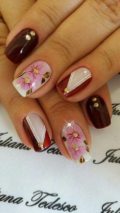 Crazy Nail Art, Crazy Nails, Beautiful Nail Designs, Beautiful Nail Art, Plaid Nails, Gold Glitter Nails, Classic Nails, Diy Nail Designs, Flower Nails