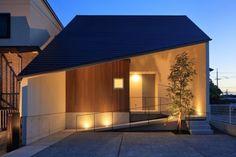 斜屋根の家 | 株式会社SYNC