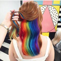 Nueva tendencia: El arcoíris escondido. #Hair #Color
