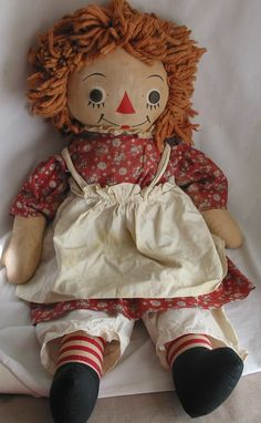 "23"" Labeled Johnny Gruelle's Own Raggedy Ann Doll  - 1947 - Georgene Novelties Inc., NYC"