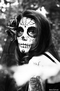 dia_de_los_muertos_i_by_xnina89x-d5195va.jpg (900×1352)