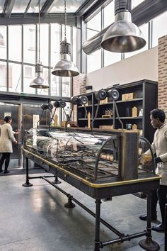 If you are a chef and love to buy coffee from a coffee shop, then you must consider coming up with new ideas for a restaurant for you to operate from. Architecture Restaurant, Restaurant Design, Restaurant Bar, Library Furniture, Cottage Furniture, Alain Ducasse, Retail Interior, Cafe Interior, Francis Mallman