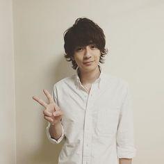 #好きな人がいること 見てね〜! Japanese Boy, Japan Photo, Asian Actors, Asian Boys, Cute Guys, Actors & Actresses, Beautiful People, Fangirl, Handsome